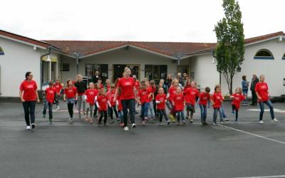 Buntes Schulfest mit gnädigem Wettergott