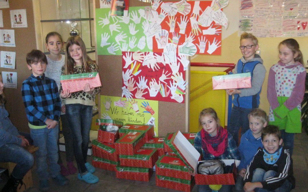 Geschenke für arme Kinder